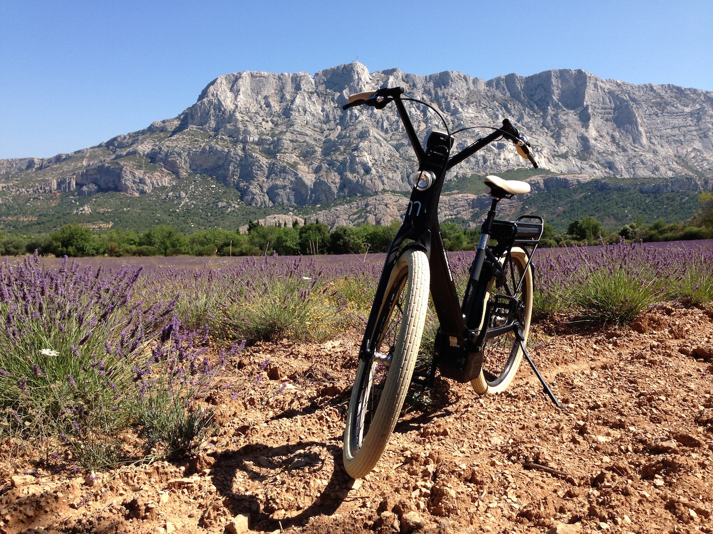 location_bees_velo_electrique_provence